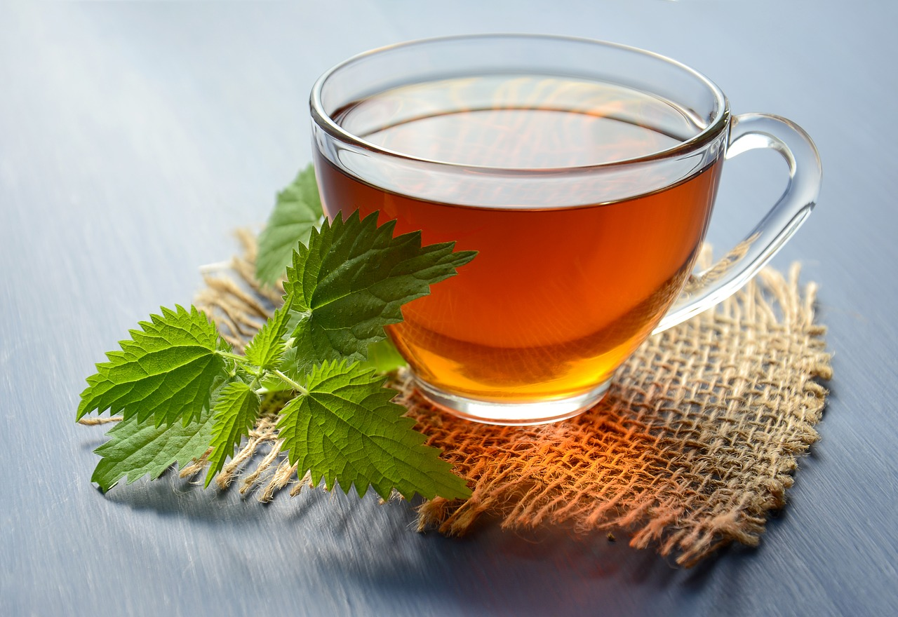 14 Powerful Teas that Burn Fat and Promote Weight Loss