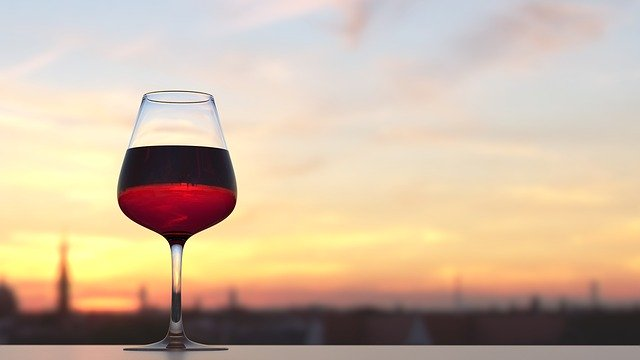 2 Powerful Ingredients in Red Wine May Burn Fat and Aid Weight Loss